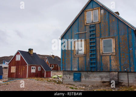 Greenland. Scoresby Sund. Ittoqqortoormiit. Typical Greenlandic house. - Stock Image