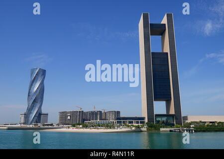 United Tower, housing the Wyndham Grand Hotel Bahrain, and the Four Seasons Hotel, Bahrain Bay, Manama, Kingdom of Bahrain - Stock Image