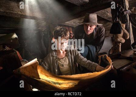 PAN 2015 Warner Bros film with  Levi Miller at left as Pan and Garret Hedlund - Stock Image