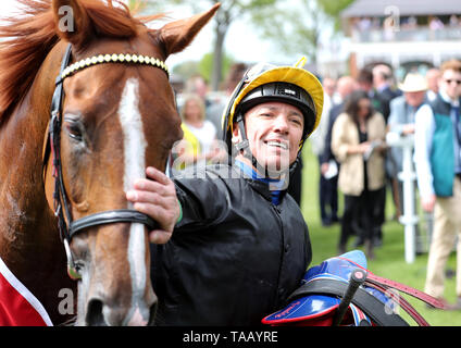 Lanfranco Dettori with Stradivarius after winning the Matchbook Yorkshire Cup Stakes - Stock Image