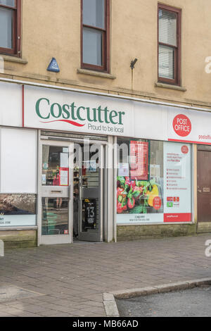 Death of the High Street metaphor / concept - Exterior of Costcutter convenience shop in high street of Bodmin, Cornwall. - Stock Image