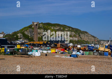 East Hill lift and fishing boats on the beach at Hastings, East Sussex, UK - Stock Image