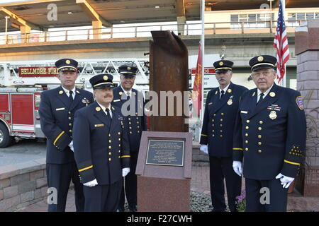 Bellmore, New York, USA. 11th September 2015. L-R, Bellmore Fire Dept. Chief DANIEL HOLL, Pastor and Chaplain JAMES - Stock Image