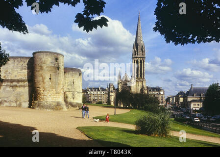 Church of Saint Pierre and the castle ramparts. Caen, Normandie. France - Stock Image