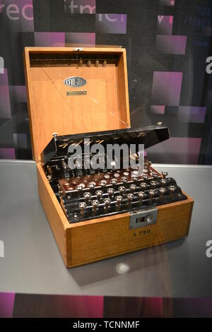 Early Enigma Machine dating to 1926 at Bletchley Park, Milton Keynes, Buckinghamshire, UK - Stock Image