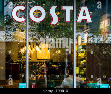 Costa Coffee Bar in London UK - Costa It is the 2nd largest coffeehouse chain in the world and the largest in the UK. Owned by the Coca Cola Company - Stock Image
