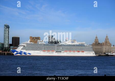 The Royal Princess Cruise Ship Berthed On The Liverpool Waterfront. - Stock Image