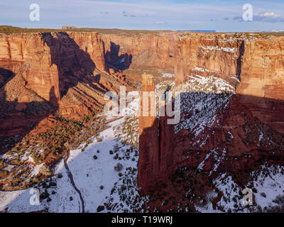 Spider Rock view from Spider Rock Overlook, Canyon de Chelly National Monumnet, Arizona. The only national monument administered Native Americans. - Stock Image