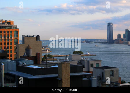 Rooftop view of Lower Manhattan and Jersey City skyline, Meatpacking District, Manhattan on JULY 7th, 2017 in New York, USA. (Photo by Wojciech Migda) - Stock Image