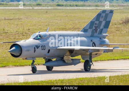 HRZ MiG-21 BIS 133 taxi taxiing Croatian Air Force - Stock Image