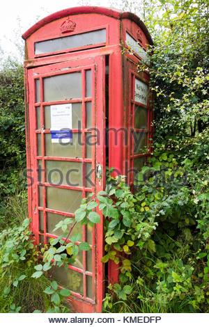 A disused red K6 telephone box at Cwm Nant-gam, near Brynmawr, Blaenau Gwent, Wales, UK - Stock Image