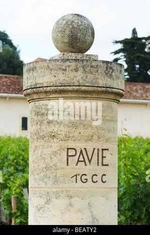 gate post chateau pavie saint emilion bordeaux france - Stock Image
