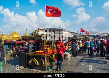Fish sandwich stalls, at Eminonu waterfront, Fatih, Istanbul, Turkey, Eurasia - Stock Image