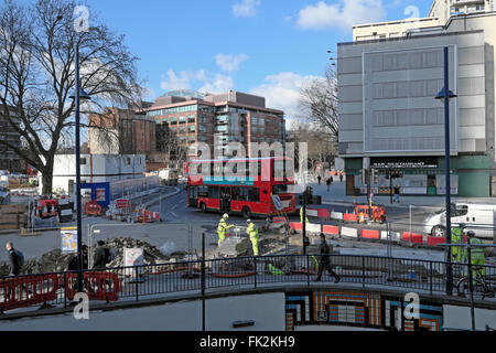 Roadworks and traffic at the Elephant & Castle roundabout during regeneration project  in London UK KATHY DEWITT - Stock Image