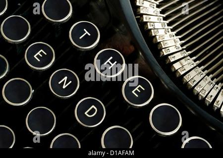 Custom message on a vintage typewriter keyboard - Stock Image
