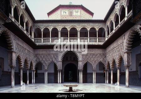 Patio de las doncellas, Alcazar, Granada, Andalucia, Spain, Europe - Stock Image