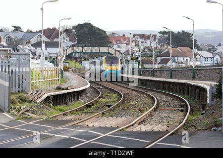 Diesel Multiple Unit Class 175 Coradia stopping for passengers at Deganwy station, North Wales en route to Llandudno terminus - Stock Image