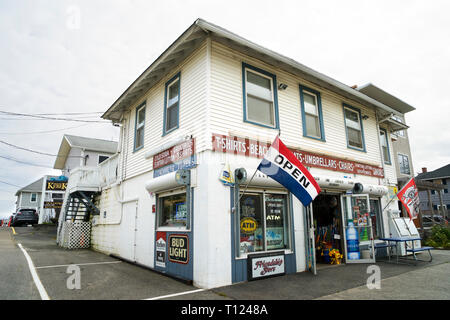 Small beachwar store, Old Orchard Beach, Maine, USA. - Stock Image