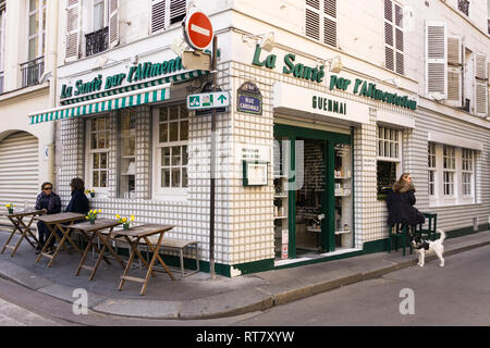 Guenmai - vegeterian and macrobiotic restaurant in the Saint Germain district of Paris, France. - Stock Image