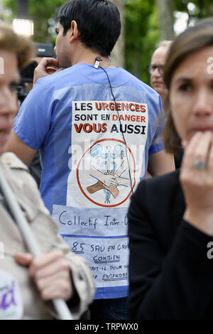 Emergency Health care workers protest in Paris - France - Stock Image