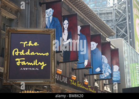 The Addams Family, a new musical at the Lunt-Fontanne Theatre, West 46th Street, New York - Stock Image