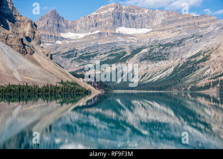 Bow Lake in Banff National Park. - Stock Image