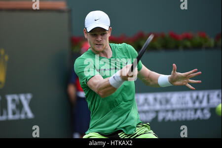 Indian Wells, California, USA. 12th March 2017. Kyle Edmund (GBR) in action against Novak Djokovic (SRB) during - Stock Image