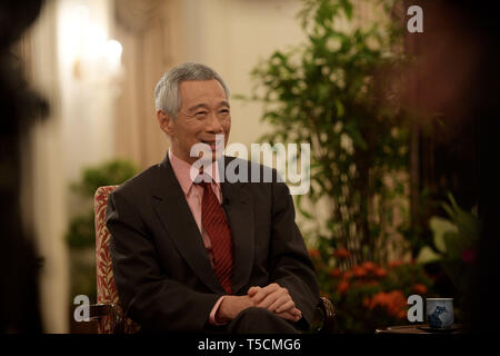 Singapore. 22nd Apr, 2019. Singaporean Prime Minister Lee Hsien Loong receives an interview with Xinhua in Singapore, April 22, 2019. TO GO WITH '(BRF) Interview: Singapore-China connectivity initiative to serve all regional countries, Singaporean PM says' Credit: Then Chih Wey/Xinhua/Alamy Live News - Stock Image