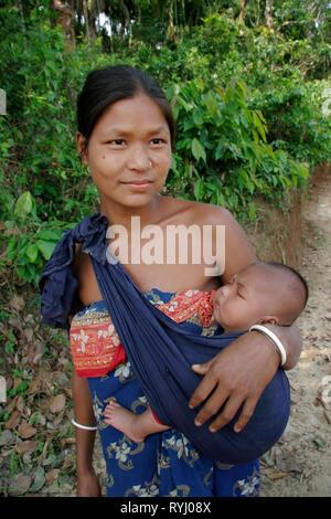 BANGLADESH Mother and child, Koch tribal minority, Nalitabari, Mymensingh region photo by Sean Sprague - Stock Image