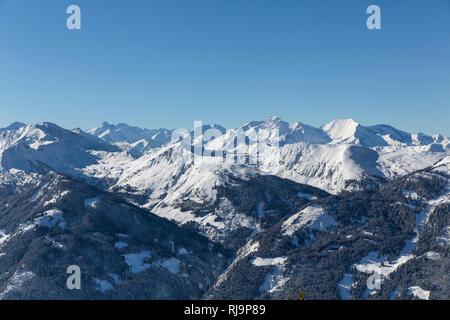 Aussicht auf die Hohe Tauern von Gipfelstation Fulseck, 2033 m, Dorfgastein, Gasteinertal, Bezirk St. Johann im Pongau, Salzburger Land, Österreich - Stock Image