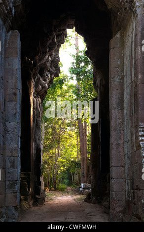 Early morning, looking eastwards through Angkor Thom East Gate, Angkor, Cambodia - Stock Image