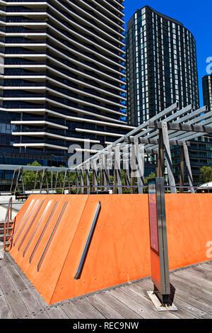 Modern Apartments in the Victoria Harbour Precinct of Melbourne Docklands,Victoria Australia. - Stock Image