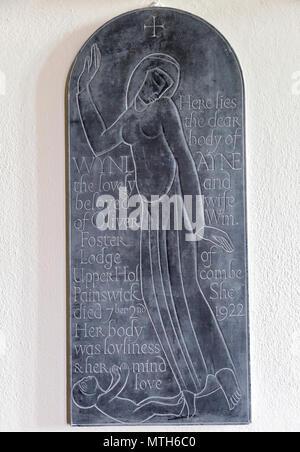 Eric Gill engraved slate memorial tablet in village parish church of Saint Michael, Wilsford cum Lake, Wiltshire, England, UK - Stock Image