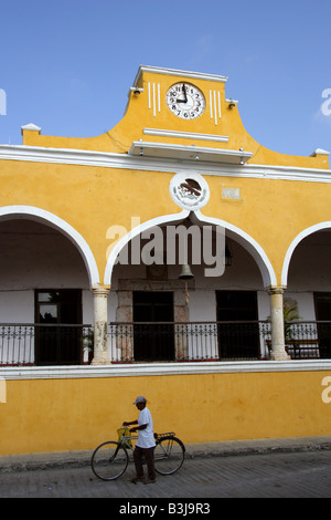Plaza de la Constitution Izamal Yucatan Peninsular Mexico - Stock Image