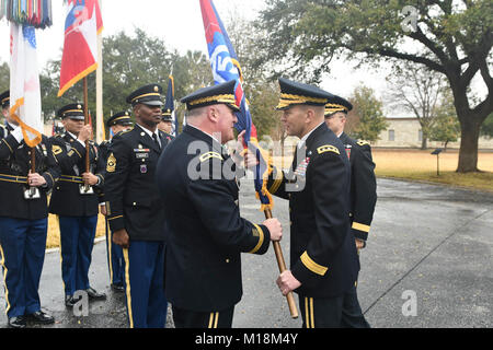 Maj. Gen. John F. King (left) takes the Task Force-51 colors from Lt. Gen. Jeffrey S. Buchanan, commander, U.S. - Stock Image