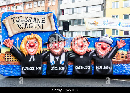 Düsseldorf, Germany. 4 March 2019. Religious tolerance float. The annual Rosenmontag (Rose Monday or Shrove Monday) carnival parade takes place in Düsseldorf. - Stock Image