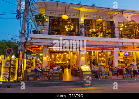 Restaurant, Pub Street, old town, Siem Reap, Cambodia, Asia - Stock Image
