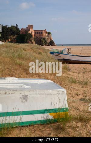 Portugal, Algarve, Ferragudo, Castle & Beach - Stock Image