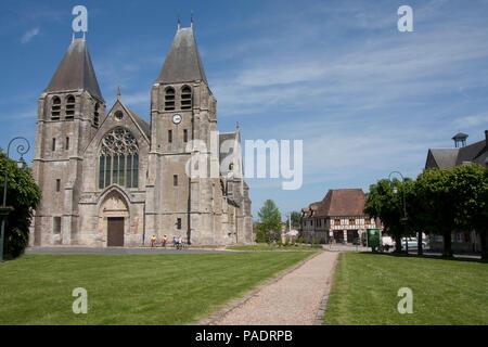 Collégiale Notre-Dame d'Écouis, collegiate church of Notre Dame in Ecouis, Eure, Haute Normandie, Normandy, France - Stock Image