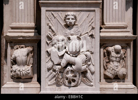 Detail of wall carving on Basilica di San Marco in courtyard of Palazzo Ducale or Doges Palace Venice Italy - Stock Image