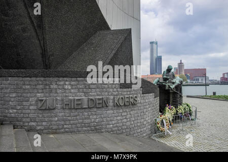 War memorial laid with wreaths on annual Liberation Day of 5 May, Rotterdam, The Netherlands - Stock Image