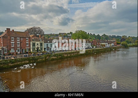 The River Severn in Bewdley Worcestershire on a summer afternoon, with low water levels. - Stock Image