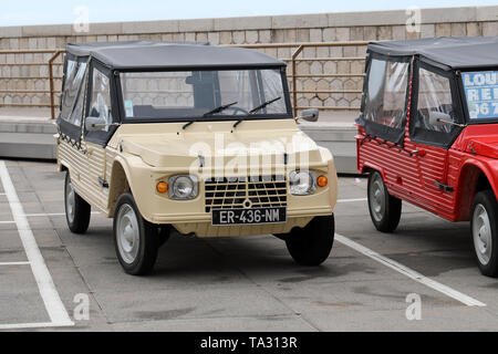 Nice, France - May 21, 2019: Vintage Beige Citroen Mehari (Front View) French Car Parked In A Parking Lot In Nice On The French Riviera - Stock Image