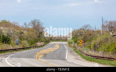 section of road in Montauk, NY - Stock Image