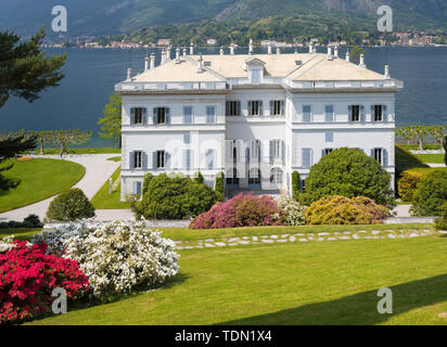 BELAGGIO, ITALY - MAY 10, 2015: The Villa Melzi on the waterfront of Como lake and the gardens. - Stock Image