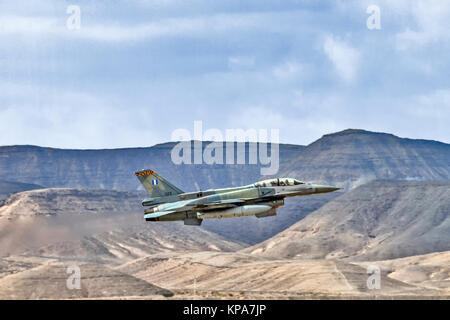 """Greek Air Force General Dynamics F-16C Block 52+ in flight over the desert. Photographed at the  """"Blue-Flag"""" 2017, - Stock Image"""