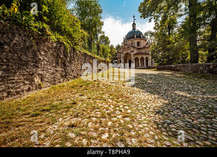 Italy Lombardy Unesco World heritage Site - Sacro Monte di Varese ( Varese sacred Mount ) - IV chapel - Presentation at the temple - Stock Image