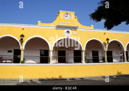 Plaza de la Constitution, Izamal, Yucatan Peninsular, Mexico - Stock Image