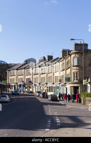 The Quadrant, Buxton, Derbyshire. The row of shop buildings date from 1860 and are together Grade II listed. - Stock Image