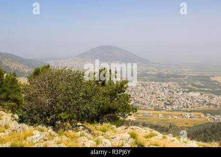 5 May 2018 A view of Mount Tabor in Israel from the mount Precipice. tradition has this as the place where an angry mob would have cast Jesus Christ o - Stock Image